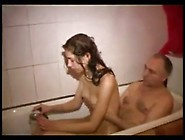 Genuine Father-Daughter Bath Time Fun Xxxrealxxx