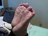 Cammie's Wide Dry Soles - Toe Wiggles And Sole Scr