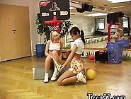 Ebony Amateur Lesbian Strapon Homemade Cindy And Amber Boink