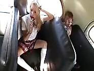 Follando En El Autobús Escolar