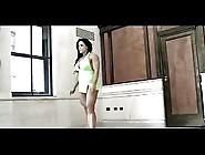 Sexy Female Bodybuilder Mavi Gioia