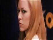 Susan Strasberg, Nathalie Delon In Le Sorelle (1969)