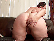 Horny Big Booty Mature Cowgirl Fingering Her Pussy Lovely