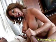Tugging Loving Cougar Mature Gives Hj