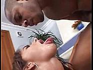 Quenga Brasileira Fode Com Roludo Que Arromba Sua Boceta Carnuda
