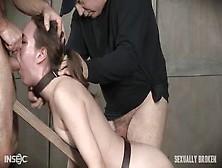 Una Escena De Sexo Extremo Con Esclavas Atadas Y Folladas Por La