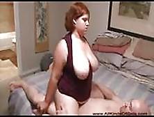 Donne Abbondanti Scopate Duramente