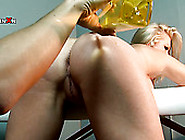 Smoking Hot Ashleigh Embers Gets Her Pussy Stretched Wide In Kin