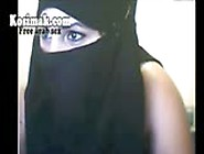 Hijab Sluts On Webcam Dancing And Showing Their Tits And Pussy