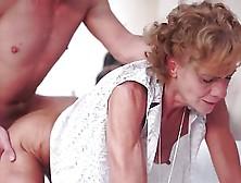 видео порно россия бабушки