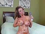 Milf Raquel Devine Oils Up And Cums All Over Her Dildo