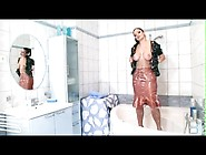 Big Milk Sacks Aria Giovanni Getting A Hot Body Wash At The Tub