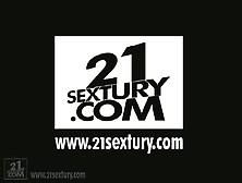 Aneta Keys 21Sextury Sandy Fantasy (24'10 Vega Vixen)