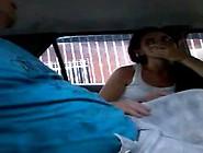 Novinha Batendo Punheta E Chupando O Pau Do Tio Dentro Do Carro