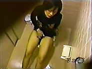 Horny Japanese Girl Masturbate In Toilet