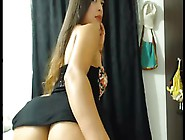 Seductive Lady From Colombia Exposes Massive Buttocks On Webcam