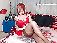 Wm 341 Mature Nylon Legs & Feet Dangling