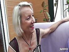 La Cochonne - Amateur French Mature Gets Her Ass Hole Gaped