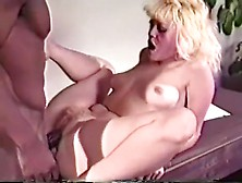 Lip masturbation pussy