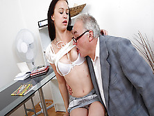 Trickyoldteacher - Older Sexy Teacher Fucks Sexy Student And Cov
