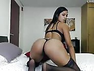 Huge Latina Booty Teasing On Webcam