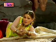 Nadia Ali Hot Mujra Gujjra Way. Flv
