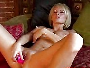 Sexy Hanna Hilton Loves Her Playing With Her Toys In Her Hot Wet