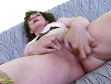 Great Mature Hairy Pussy Toy Masturbation