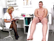 Порно Видео Со Зрелой Врачихой