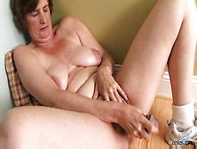 Ray Lynn Mature Masturbation Orgasm