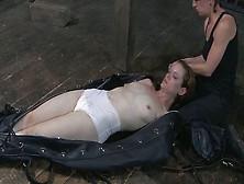 bodybag Femdom vacuum