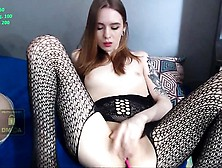 Amateur Tifanny Powel Fingering Herself On Live Webcam