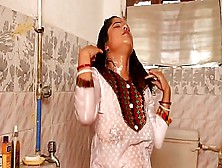 Indian Aunty Romance With Brother In Shower