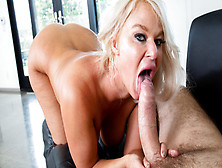 London Rivers In Big Tit Milf London Rivers Shows Off Her Anal Skills
