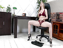 Pissing,  Mopping And Extreme Pussy Gaping With Speculum