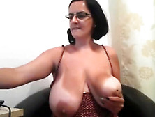 Naughty Busty Mature - Real Men Goes To Flirtsexlove. Com