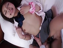Teasing Japanese Young Girl Sakura Anna Is In Love With Creampie
