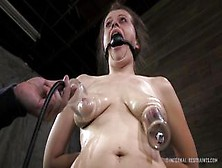 Naked Girls 18+ Long cock deep throat