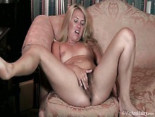 Elle Macqueen Feels Naughty And Masturbates