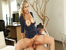 Experienced Milf Julia Ann Gets Doggystyle At Home
