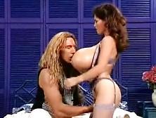 Nude amateur threesome videos