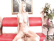 Mature Babe Erica Luren Fucks Like A Woman Half Her Age