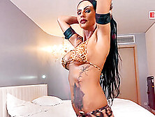 Gothic slut Sidney Dark BANGED by her biggest Fan&excl
